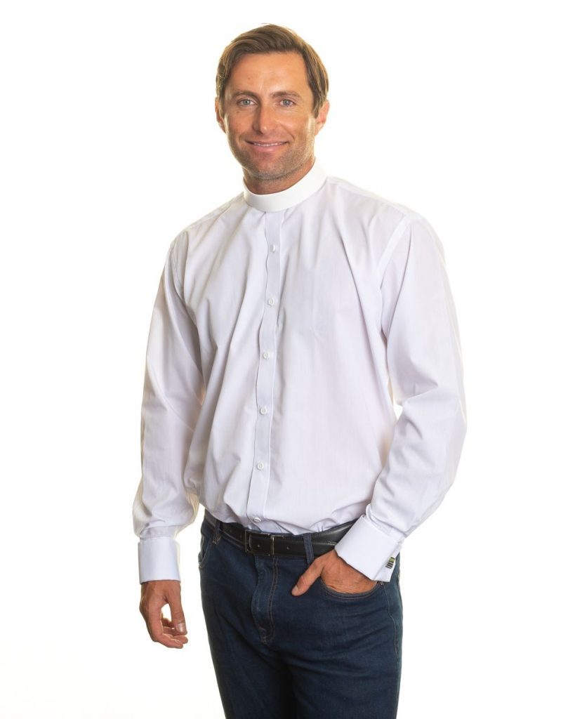 Mens tunic collar clergy shirt with double cuff – white